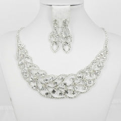 591368 Silver necklace
