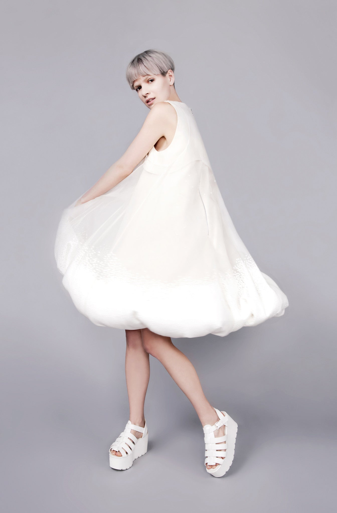Polystyrene ball Interactive ''Elliott'' Dress