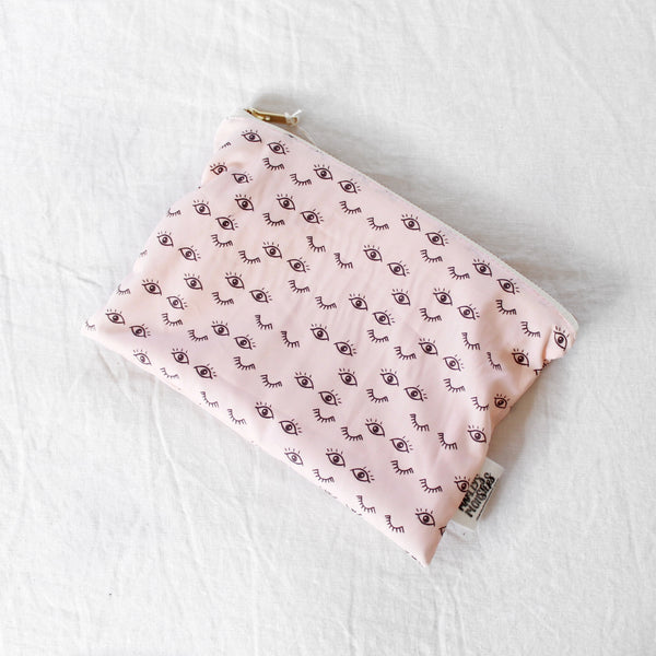 COSMETIC BAG: LASHES