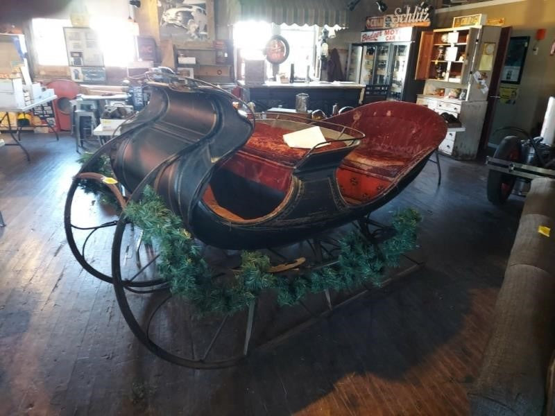 Antique Albany Four Passenger Sleigh