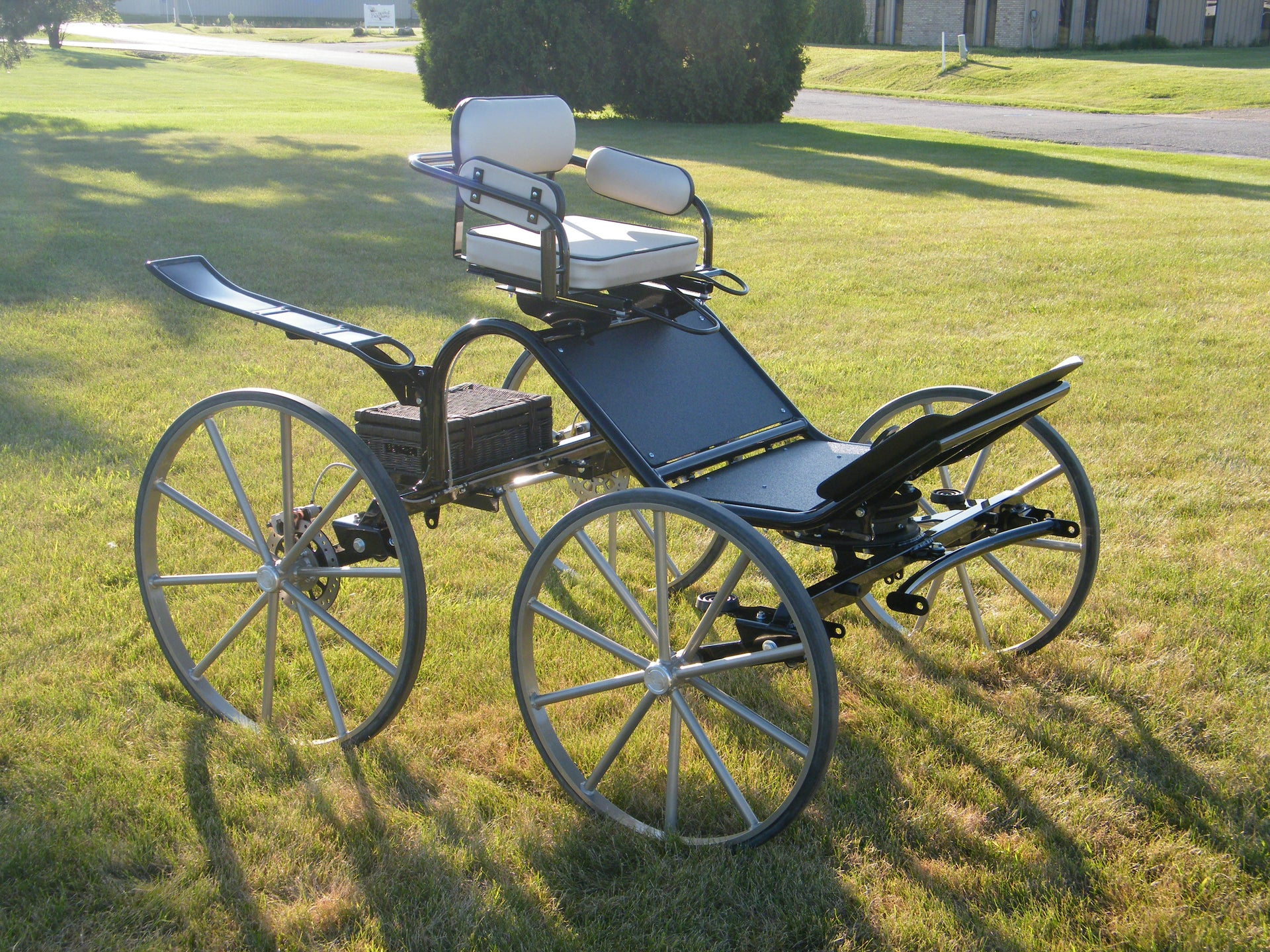 B) Sport Phaeton - Large Pony to Horse - Single Seat Base Model