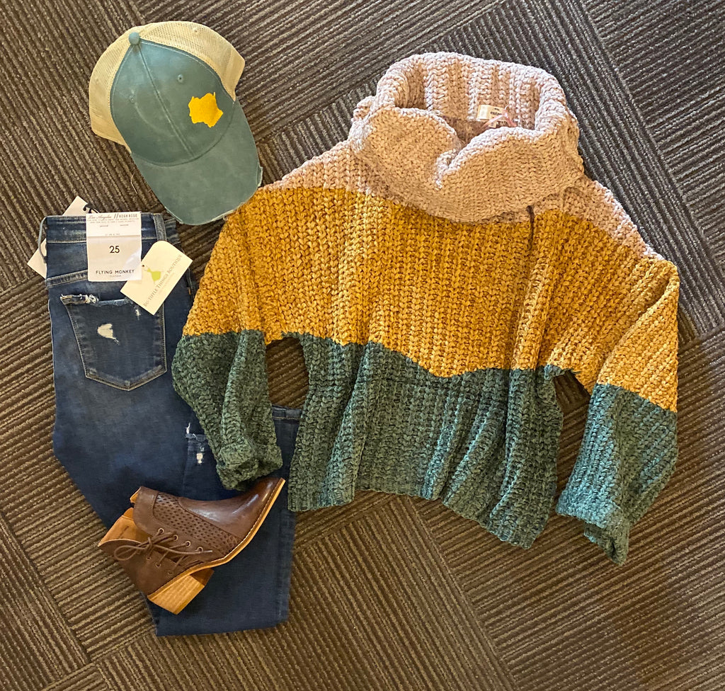 Entro green and gold sweater