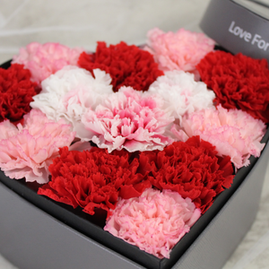 Preserved Real Carnations | Small Heart Classic Grey Box - The Only Roses