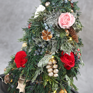 Christmas Tree with Preserved Roses - The Only Roses