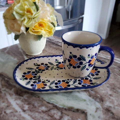 Breakfast Set in Blue Daisy pattern