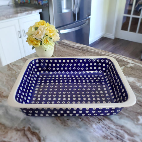 "31cm / 12.25"" Rectangular Baking Dish in Polka Dot pattern"