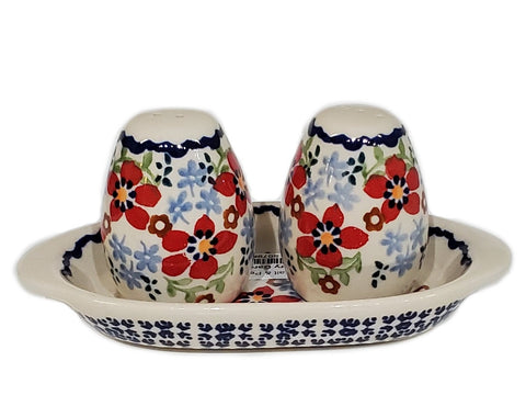 Salt and Pepper set in Country Garden pattern