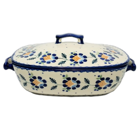 Covered casserole in Blue Daisy pattern.