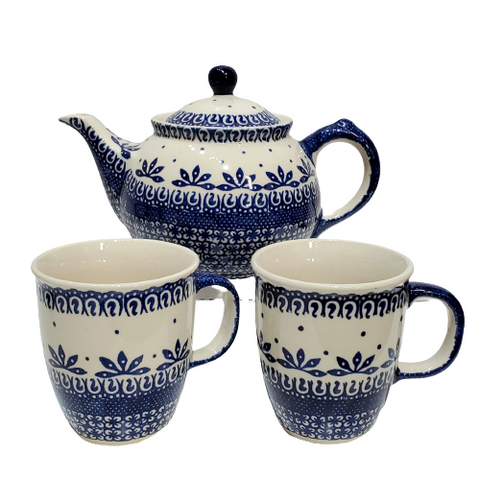 Tea Set in Blue on White pattern