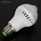 LED SMART Light Bulb - Infrared Motion Sensor White Light Bulb - GiftMo