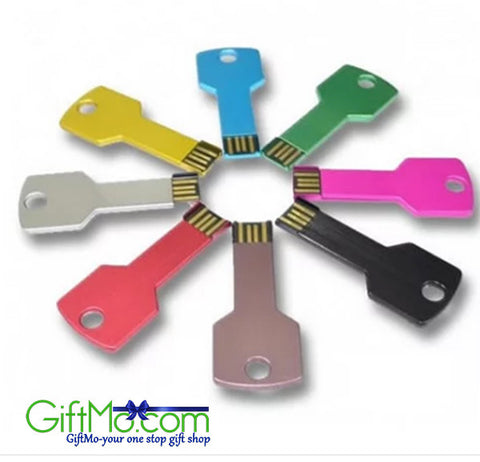 SmarTech Key Shape USB drive w/32 GB capacity