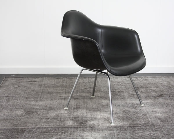 black Eames DAX chair