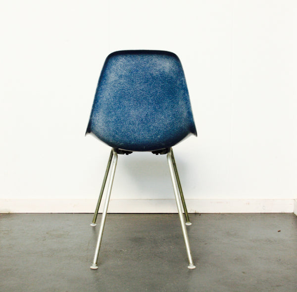 light blue Eames DSX chair