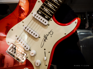 RARE-T Exclusive 'ANGUS YOUNG SIGNED GUITAR' Custom Frame
