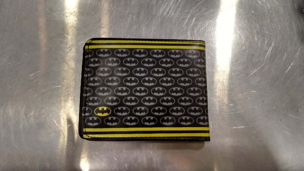 BATMAN YELLOW LOGO WITH YELLOW STRIPES Wallet