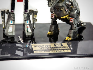 RARE-T Exclusive | '1984 2X TRANSFORMERS DINOBOT GRIMLOCK' Museum Display