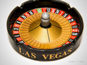 Ceramic 'LAS VEGAS-ROULETTE' Casino/Bar Ashtray
