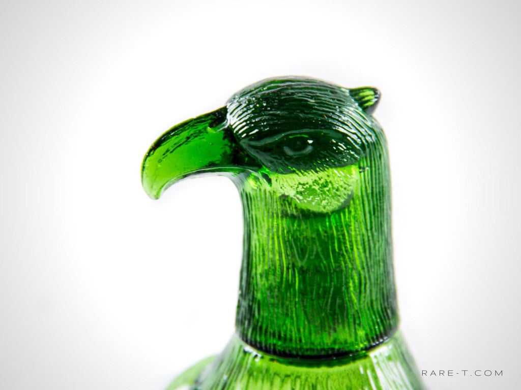 Vintage 'AMERICAN BALD EAGLE' Green Glass Decanter | RARE-T