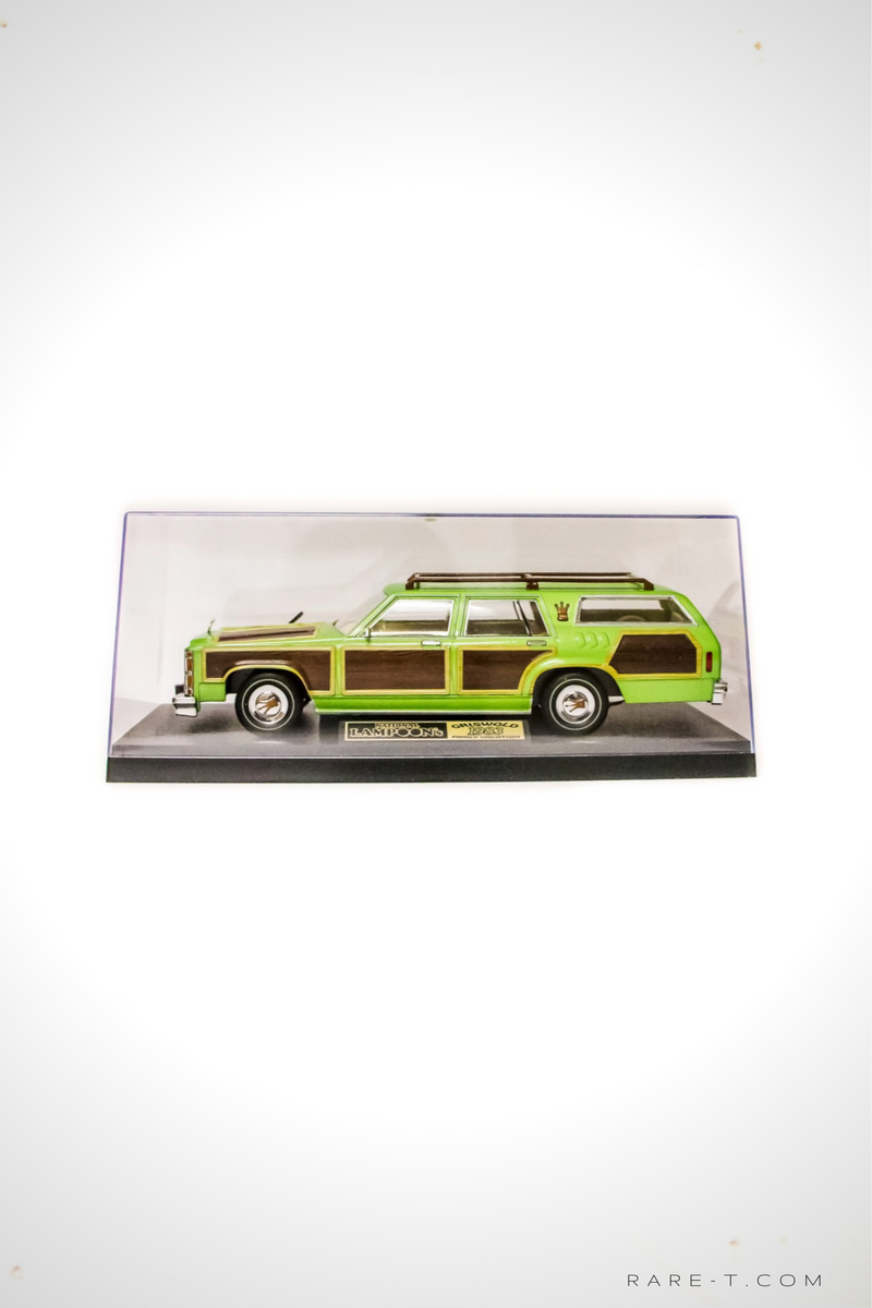 Exclusive Elite Edition 'NATIONAL LAMPOON'S VACATION - 1979 FAMILY TRUCKSTER' Die-Cast Car Display Set