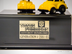 RARE-T Exclusive '1984-85 2X TRANSFORMERS BUMBLEBEE' Museum Display