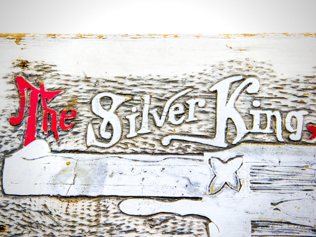 THE SILVER KING .32 CALIBER REVOLVER Gun Dealer/General Store Original Wood Plank Sign