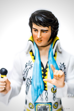 Collectors Series 'SINCERELY ELVIS '77' Decanter/Statue/Music Box