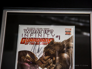 RARE-T Exclusive '#1 GUARDIANS OF THE GALAXY - WHAT IF? INFINITY SIGNED BY JOSHUA WILLIAMSON' Custom Frame