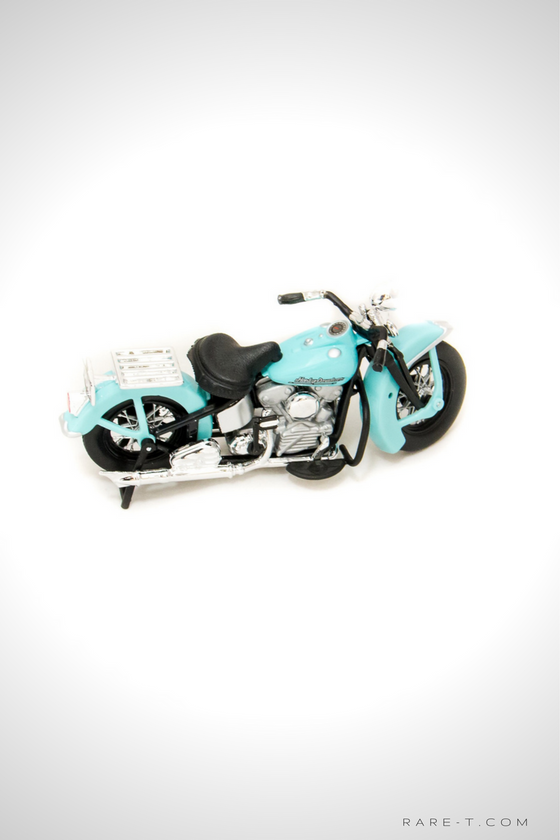 Collectors 'SONS OF ANARCHY - JT'S 1946 HARLEY-DAVIDSON FL KNUCKLEHEAD' Die-Cast Motorcycle