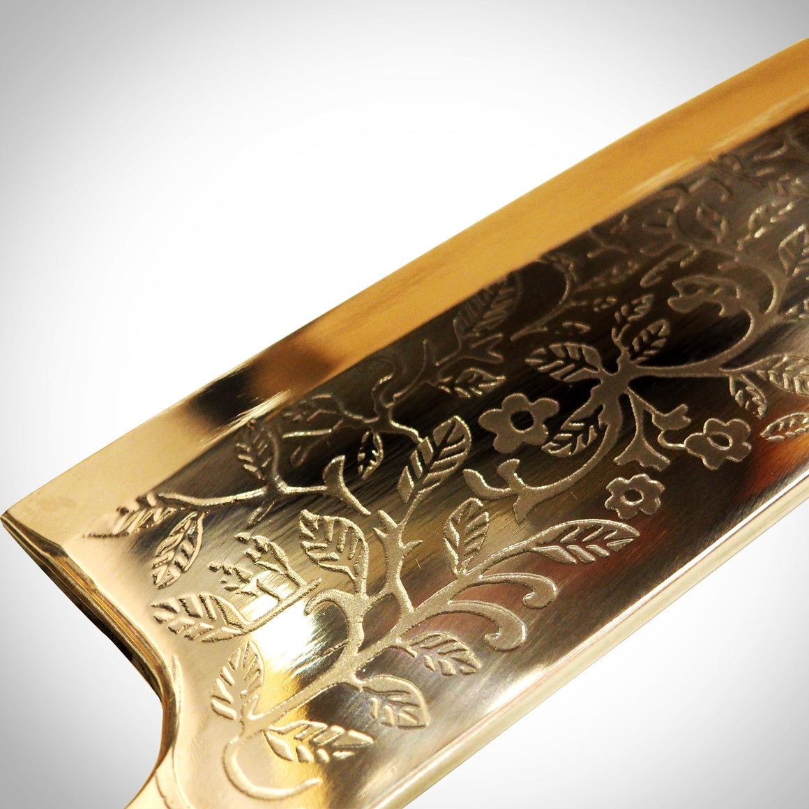 Alice madness returns Vorpal blade blade detail close up