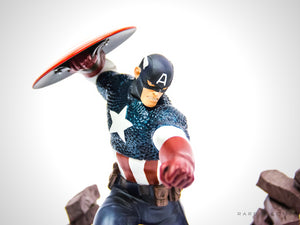 Limited Edition Vintage Marvel CAPTAIN AMERICA/AVENGER Statue | RARE-T
