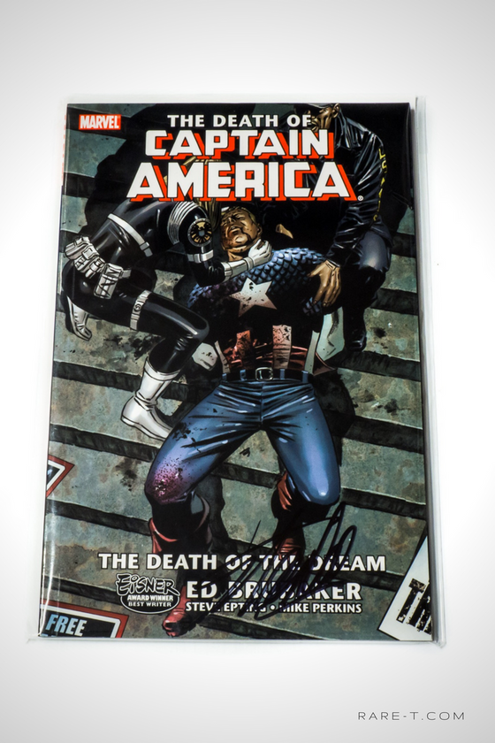 'DEATH OF CAPTAIN AMERICA - HANDSIGNED BY STAN LEE' Comic Book