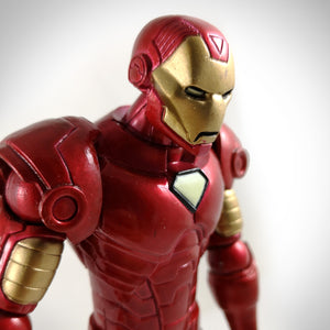 Iron Man- Marvel Select Limited Edition Articulated Action Figure & Deluxe Base