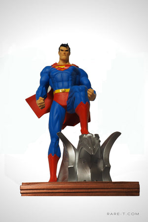 Limited Edition 'SUPERMAN - MAN OF STEEL' Statue