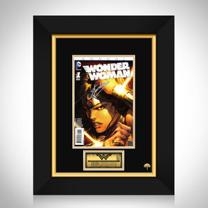 DC Comics Wonder Woman (2011) Annual #1 Stan Lee Limited Signature Edition Comic Book Cover Art Custom Frame