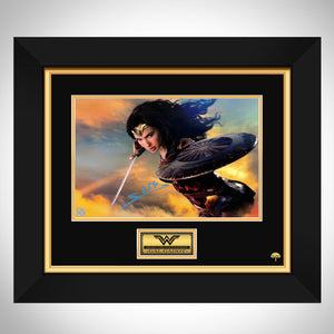 Wonder Woman Gal Gadot Photo Limited Signature Edition Studio Licensed Custom Frame