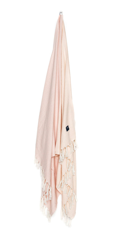 Luxurious hamam bath towel. Soft, absorbent, light weight, quick drying, aesthetically pleasing. Takes up little space. Ideal for bath, beach, travel, sports, yoga. Can also be used as a blanket or a scarf. Popular as a baby blanket.  OEKO-TEX®, eco-friendly certification. 100% quality cotton. Pink hammam towel