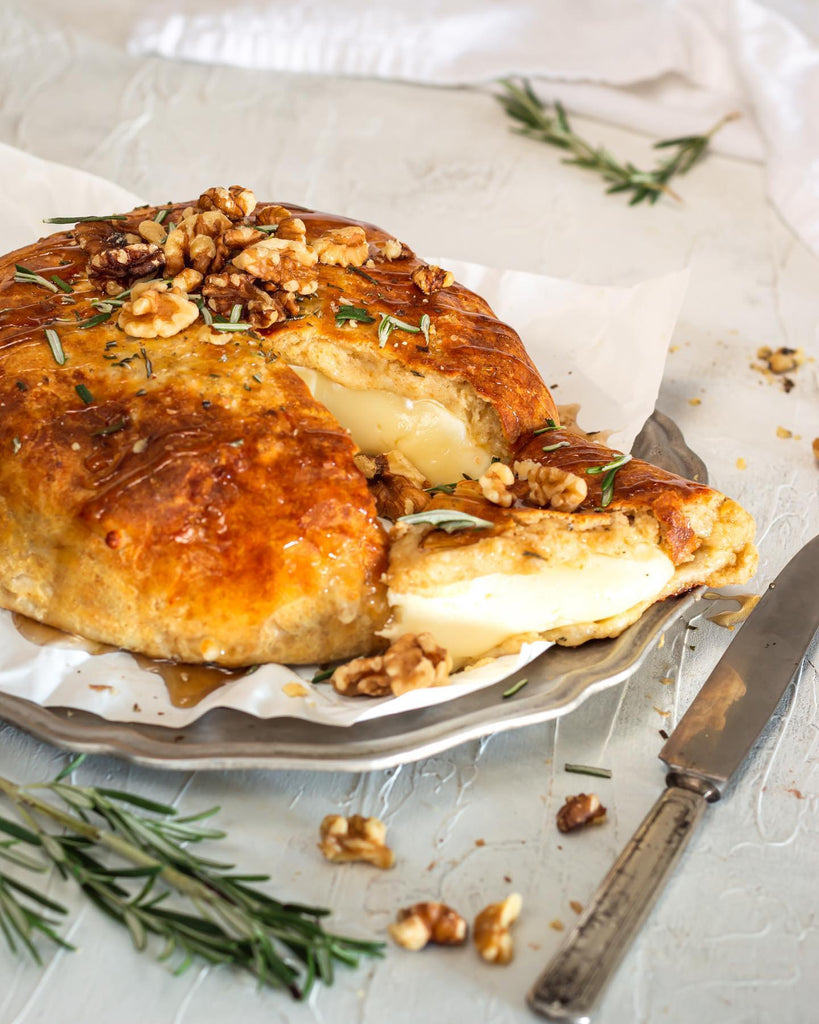 Low Carb Beautiful Baked Brie