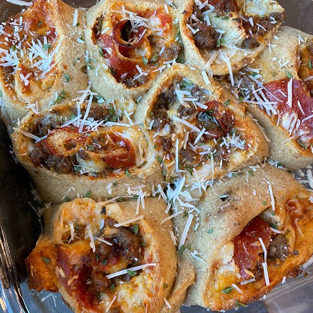 Easy and Cheesy Keto Pizza Rolls for Your Next Family Night Dinner