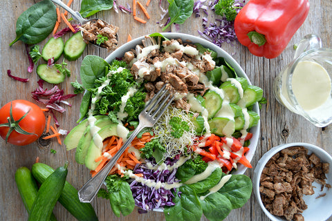 salad with chicken and dressing