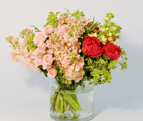 Florious-Jersey-City-NYC-Florist-Luxury-Flower-Bouquet-Subscription-Delivery-Warm-Flowers