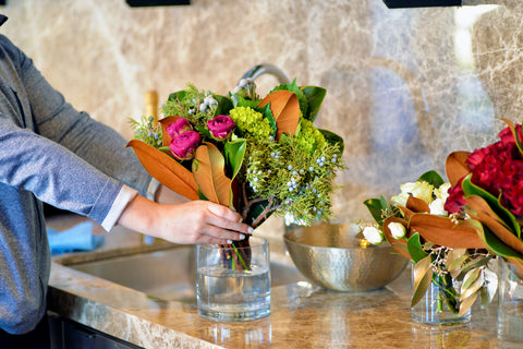 Florious-Jersey-City-Florist-Flower-Bouquet-Delivery-Subscription-Holiday-Gift-Home