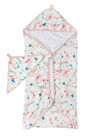 Baby hooded towel set in butterfly.