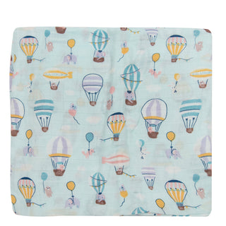 baby hot air balloon print quilt