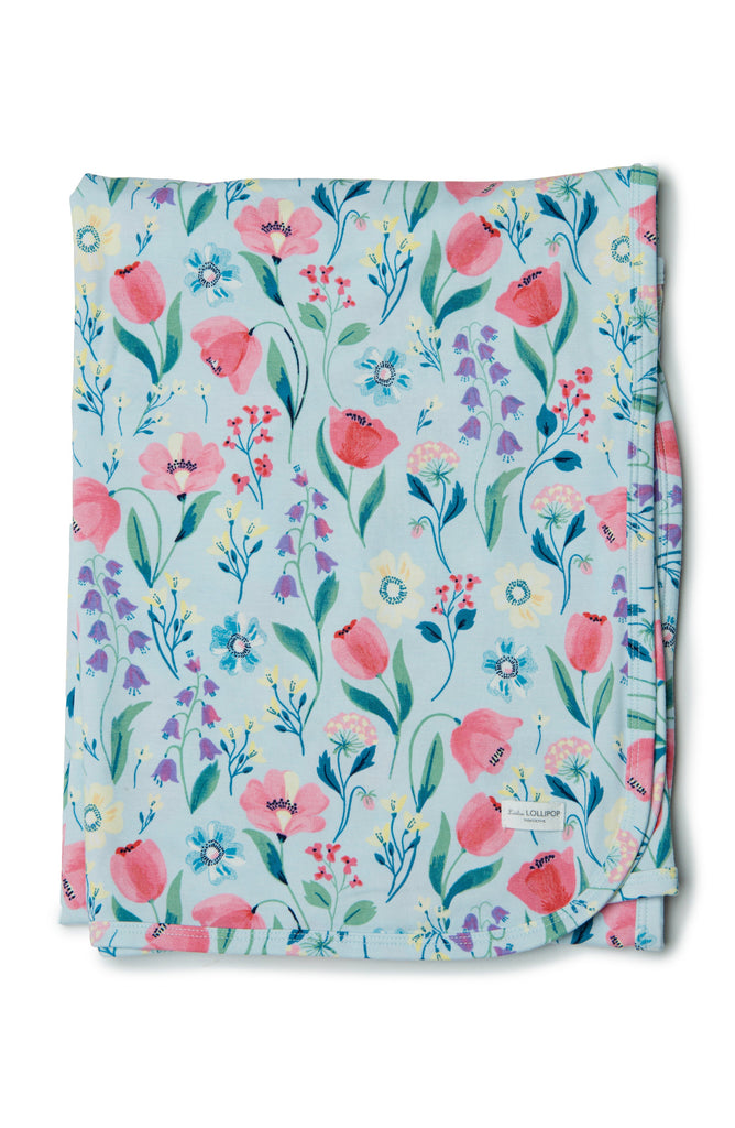Perfect every day blanket for swaddling, strollers in TENCEL lyocell.