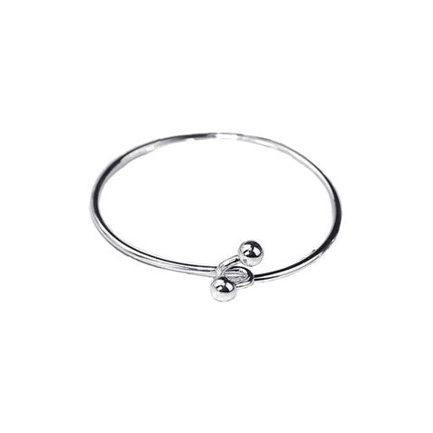 EVIE CLASP SILVER BANGLE - Statelight