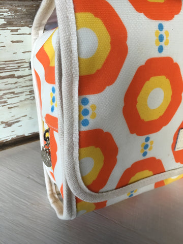 Apple & Bee Fold Out Bath Bag