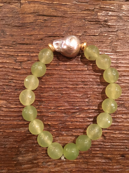Lime Agate Bracelet with Baroque Pearl