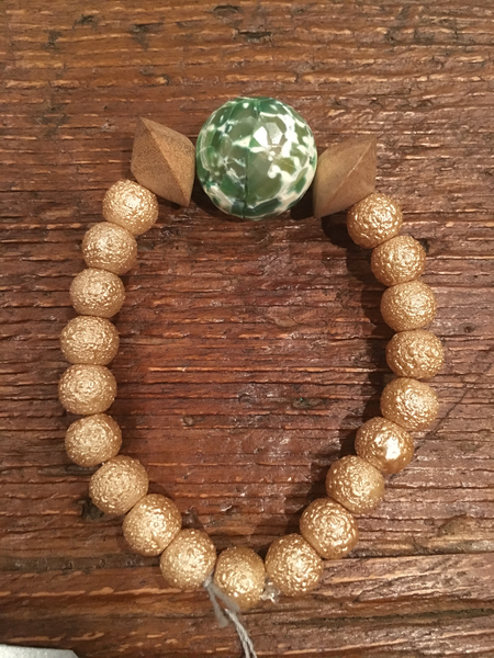 Textured Cream Bracelet with Green & White Agate