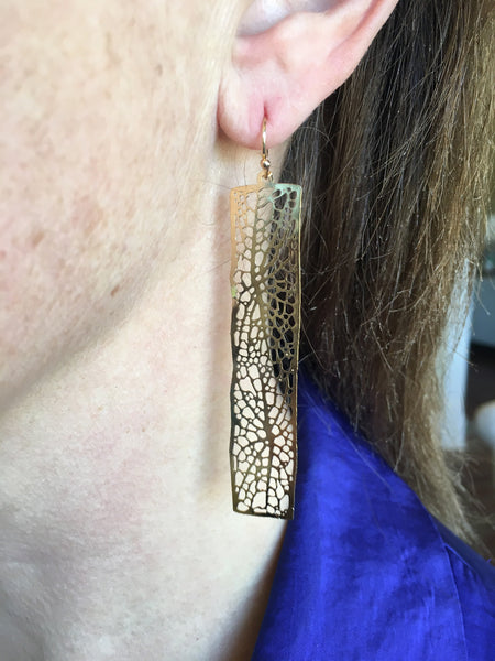 Gold Leafy Rectangle Filagree Earrings