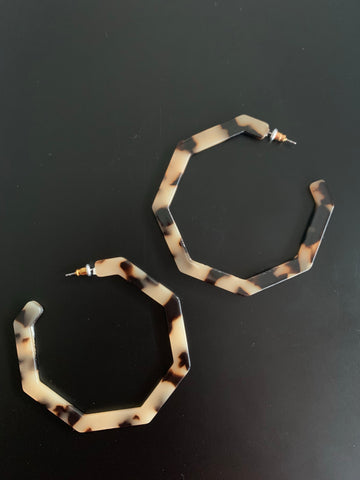 Tortoise Geometric Hoop Earrings